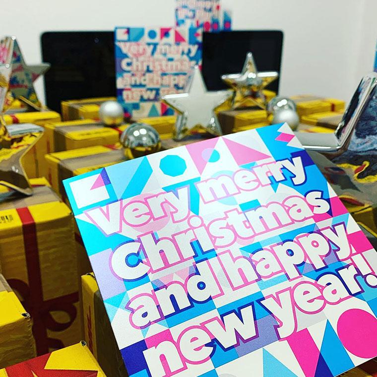 Fröhliche Weihnachten und ein glückliches und gesundes neues Jahr!